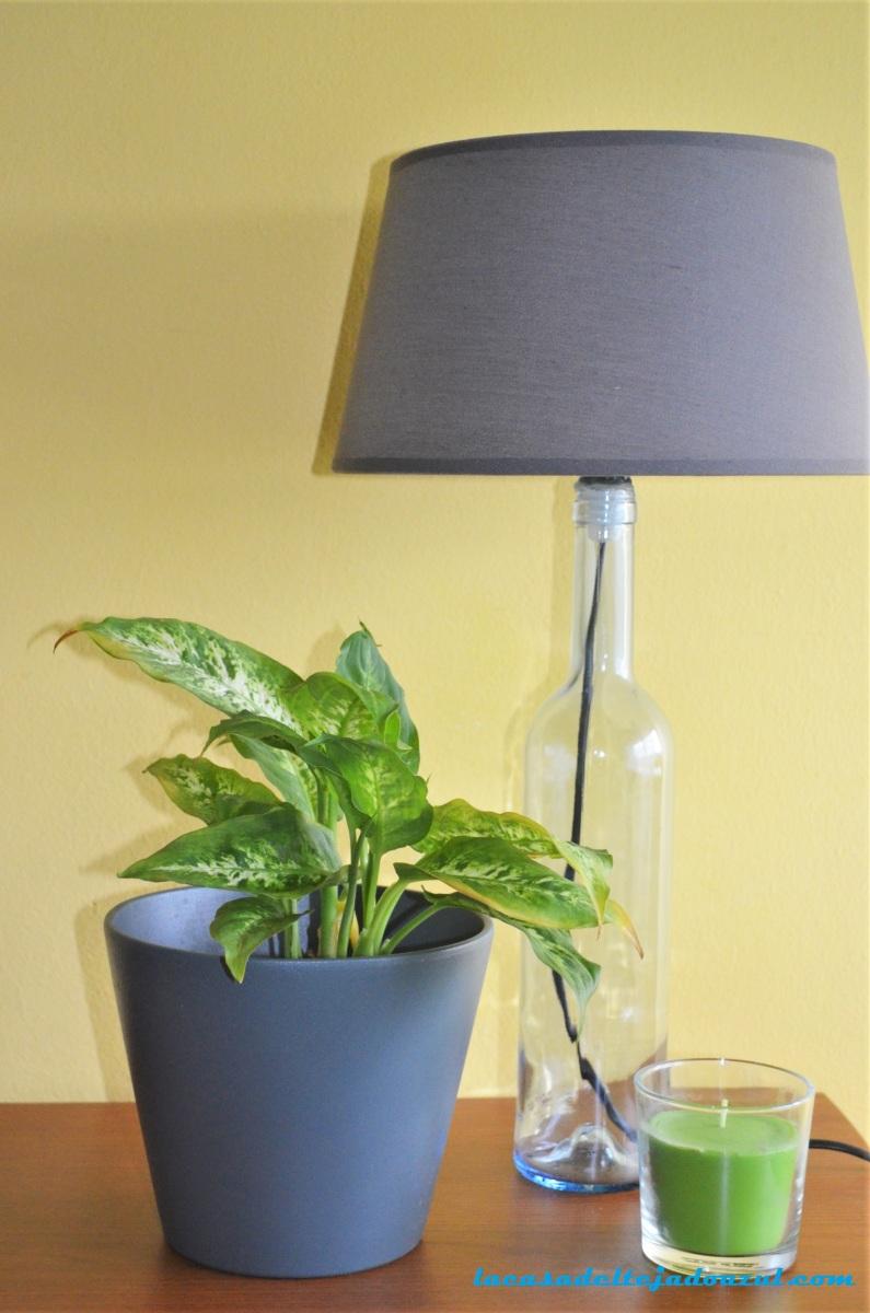 Cómo hacer una lámpara con una botella de cristal